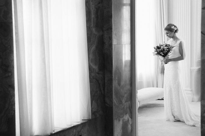 Black & White Wedding Photography, Wedding Photography Hedsor House, Hedsor House Wedding Photographer, Bridal Photography