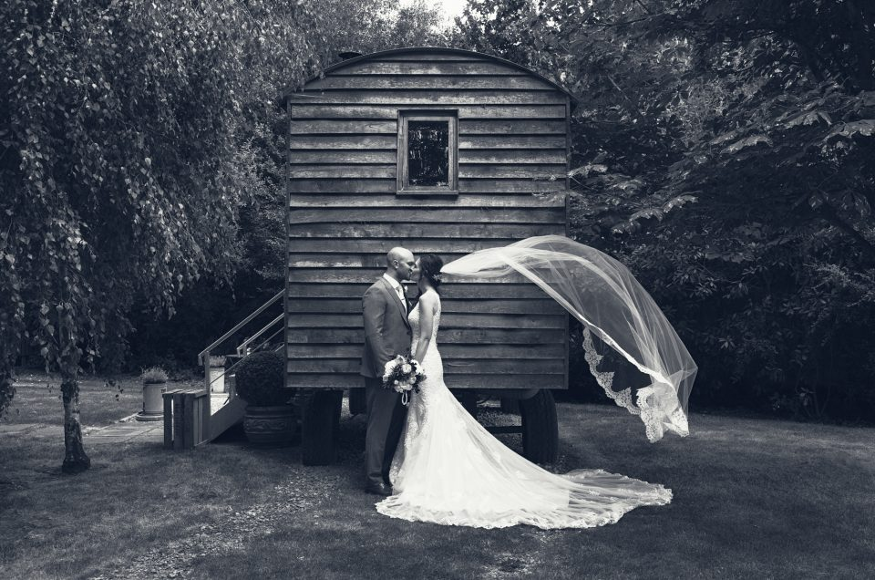 Emma & Charlie - Dry Sandford & The Tythe Barn