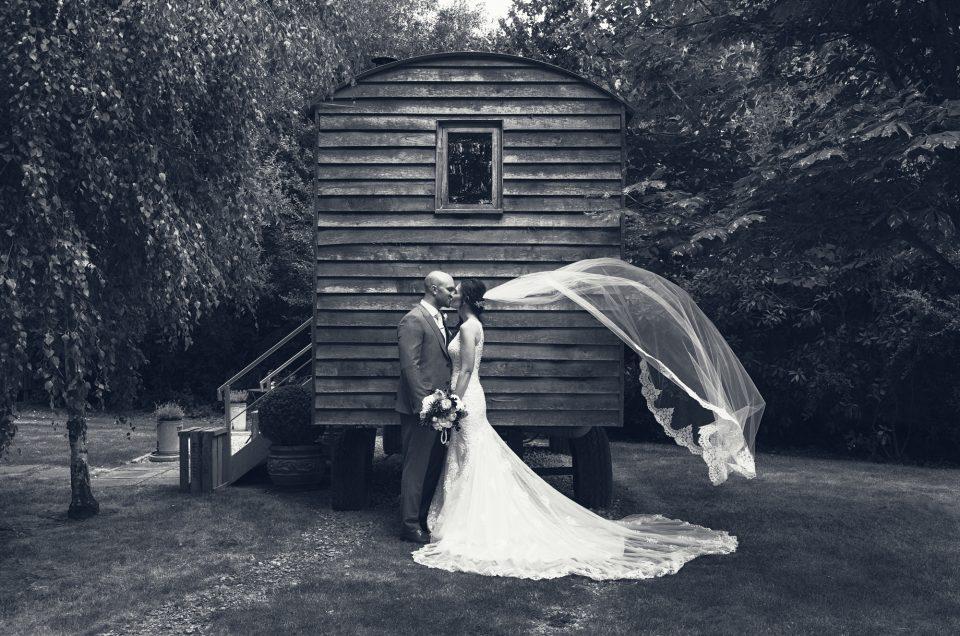 Emma & Charlie - Dry Sandford & The Tythe Barn