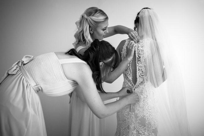 Black and White Wedding Photography, Wedding Photography Oxford, Dry Sandford Wedding Photographer,