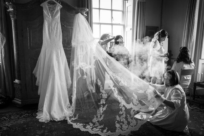Black & White Wedding Photography, Wedding Photography Kirtlington Park, Kirtlington Park Wedding Photographer, Bridal Photography
